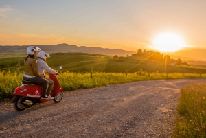 Florence: 24-Hour Noleggio Vespa, Scooter & Moped