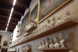 Florence: Accademia Gallery Guided Experience