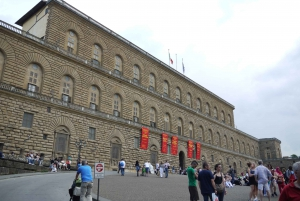Florence: Fashion Private Tour with Museum Visits