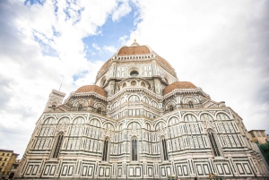 Florence: Michelangelo Square, Fiesole & Accademia Tour