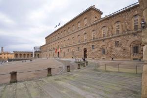 Florence: Palatine Gallery at Pitti Palace Guided Tour