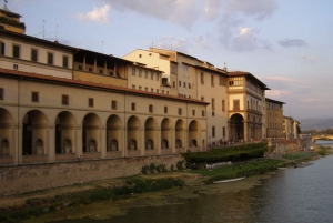 Florence: Ponte Vecchio Rafting Experience with Aperitif