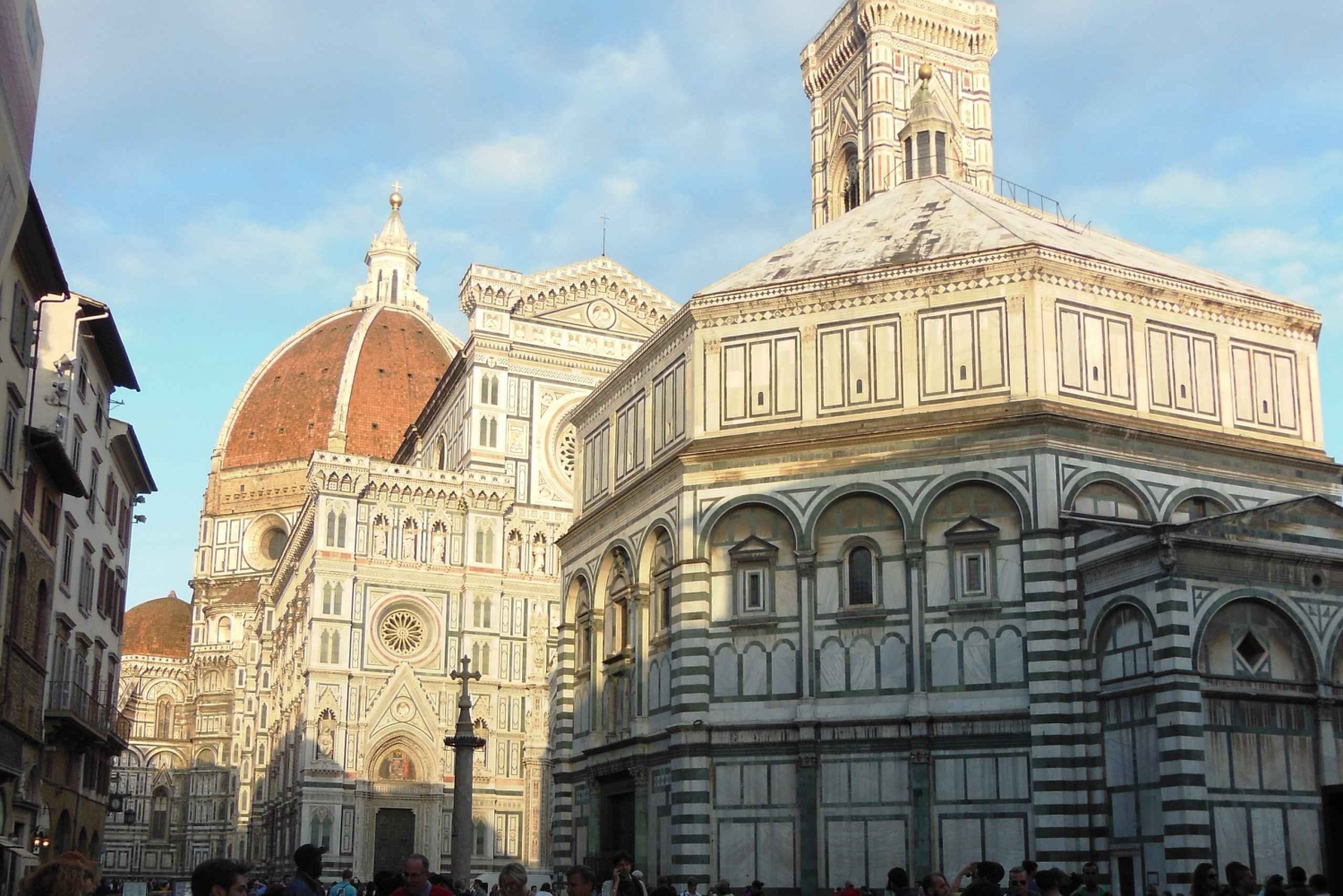 Florence Walking Tour with Uffizi and Accademia Galleries
