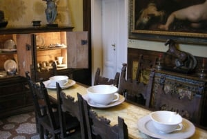 From Florence: 3-Hour Antiquarian & Secret Agent House