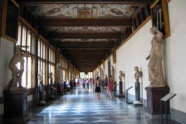 From Pisa: Uffizi Gallery Florence Monolingual Tour