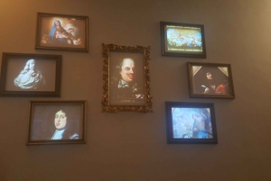 Medici and Chianti Wine: Medici Family Museum Guided Tour