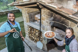 Pizza and Gelato Cooking Class at a Farmhouse in Tuscany