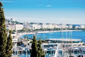 French Riviera Tour: Cannes, Antibes & Saint-Paul de Vence