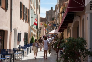 Nice to Saint Tropez: Round-Trip Transportation by Boat