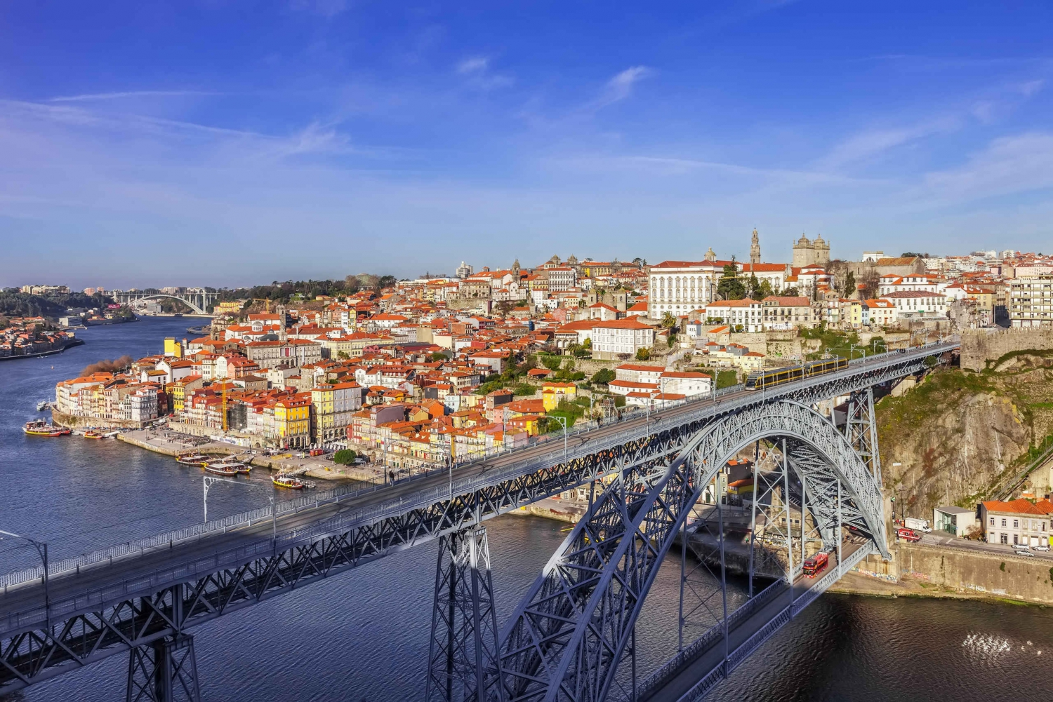 Best of North Portugal 6-Day Package Tour from Lisbon