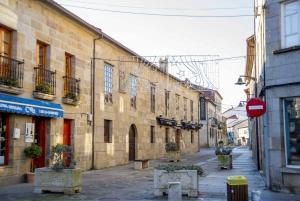 Cambados: Guided Tour to Rias Baixas Wines