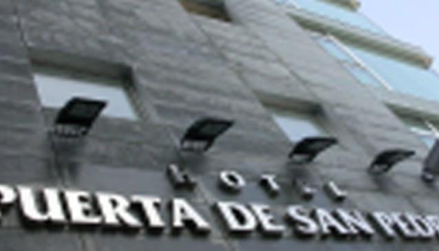 Husa Puerta San Pedro