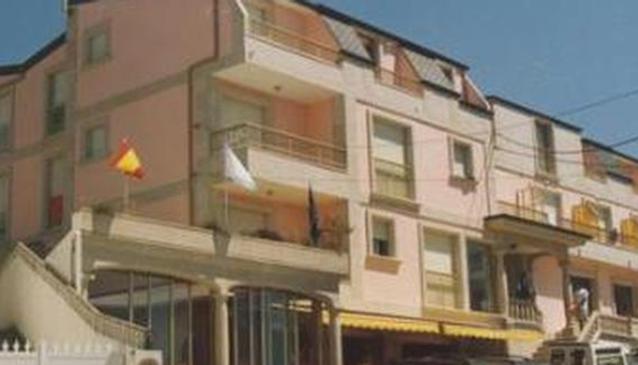 Riveiro II Hotel