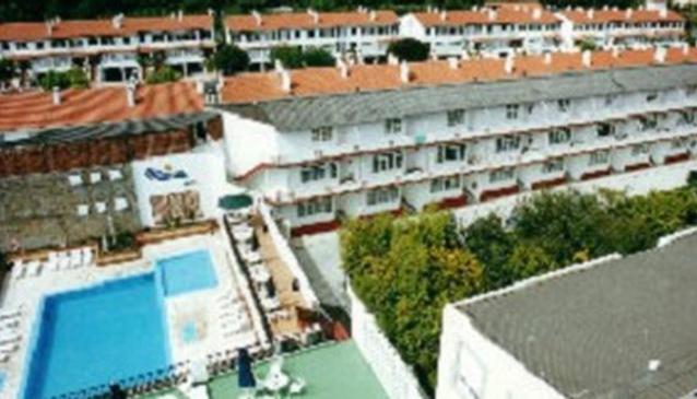 Sarga Hotel and Apartments