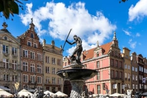 Gdansk: Old Town Highlights Tour with Amber Altar Access