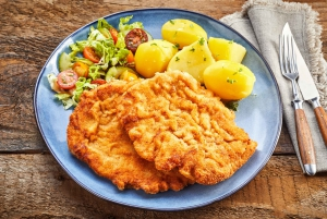 Gdansk: Traditional Food Tour with Old Town Sightseeing