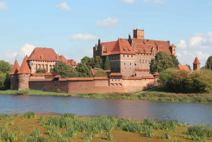 Malbork Castle: Private Tour from Gdansk, Sopot or Gdynia