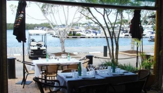 Cafe St Tropez