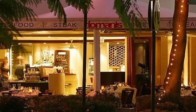 Domanis Cafe Restaurant Bar