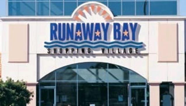 Runaway Bay Shopping Village