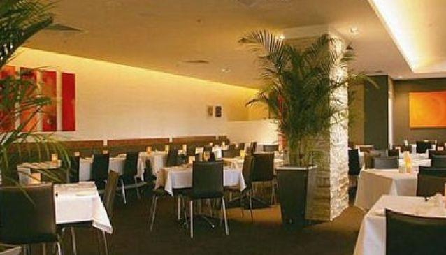 Sirocco Restaurant Holiday Inn Surfers Paradise
