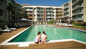 Swell Resort