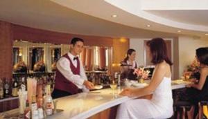 Chandris Hotel Bar