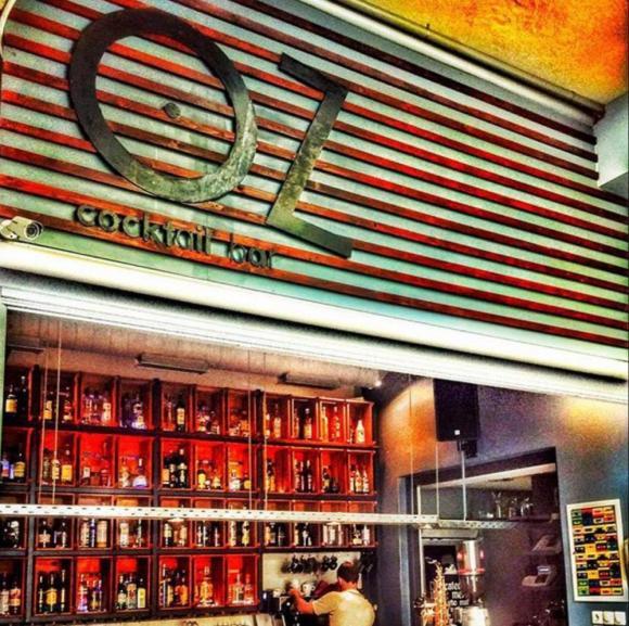 OZ Cocktail bar