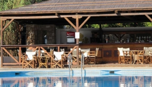 Marpunta Pool Bar