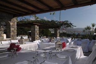 Roses Beach Weddings