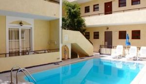 Senia Apartments