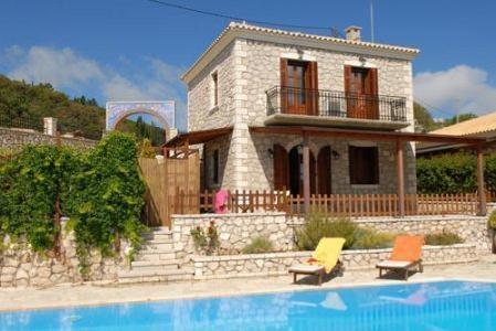 Villas Nousia