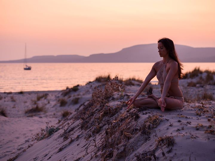 7 Days Spring Yoga Retreat in White & Grey Mykonos, Greece
