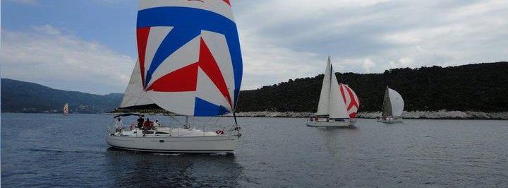 Sailing through Sporades islands & Marine Park