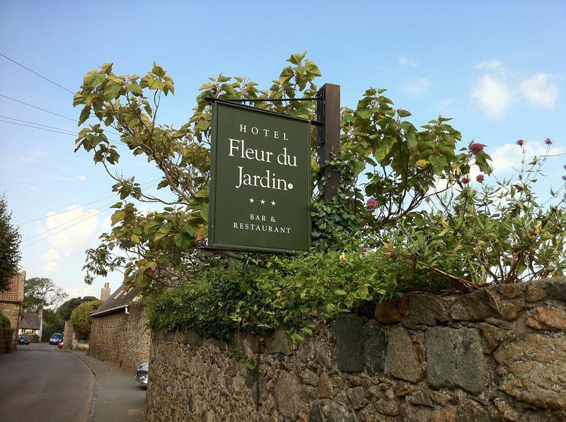 Fleur Du Jardin Restaurant In Guernsey My Guide Guernsey