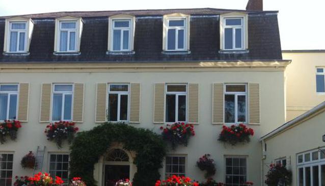 Les Rocquettes Hotel St Peter Port Guernsey