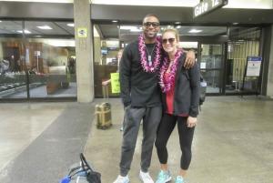 Big Island: Kona Airport Honeymoon Lei Greeting