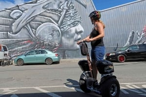Honolulu: Street Art and Waterfront Hoverboarding Tour
