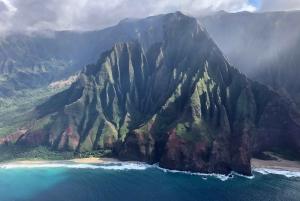 Lihue: Private Scenic Flight over Kauai