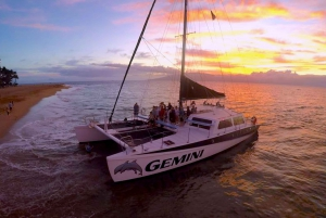 Maui: 2 Hour Sunset Sail with Open Bar and Appetizers