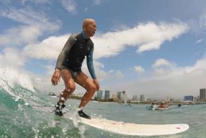 Oahu: Group Surfing Lesson in Waikiki Beach