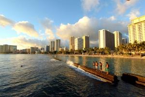 Oahu: Honolulu Like a Local - Customized City Walking Tour