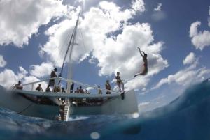 Oahu: Morning Snorkel Sail along Waikiki Beach