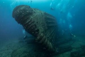 Oahu: Wreck & Reef Scuba Dive for Certified Divers