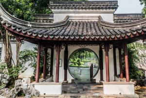 Hong Kong: 2-Hour Private Kowloon Walled City Guided Tour