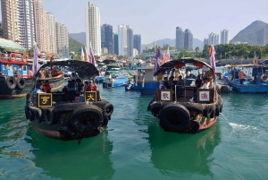 Hong Kong: Aberdeen Audio-Guided Tour and Houseboat Visit
