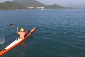 Hong Kong: Geopark Kayaking Adventure