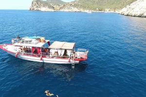 3-Hour All-Inclusive Boat Trip