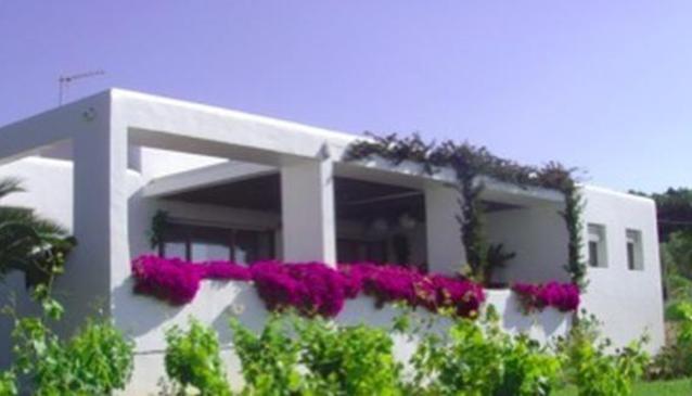 B & B - PyB Ibiza Holidays