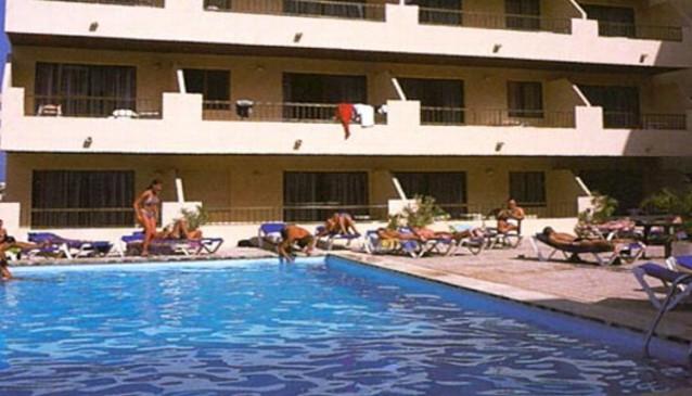 El Puerto Apartments and Hotel